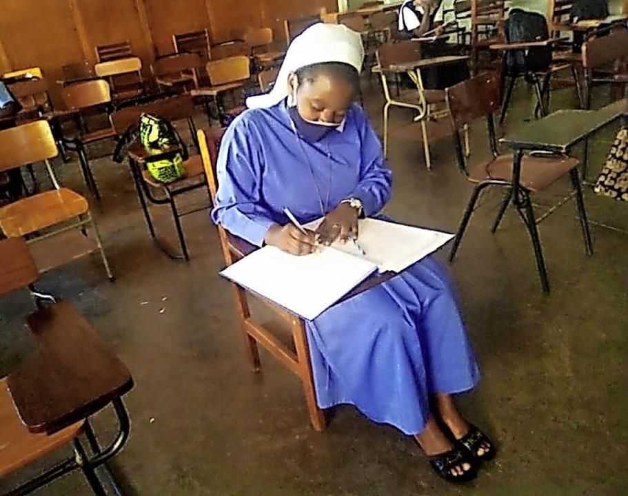 Dank der Znüni-Frauen kann die Ugander...ldung zur Krankenschwester fortsetzen.  | Foto: privat