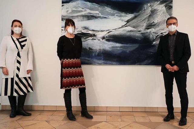 Regionale Künstlerinnen und Künstler stellen im Lahrer Rathaus aus