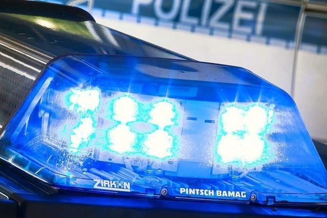 Halsbrecherische Flucht vor Polizeikontrolle mit dem Roller