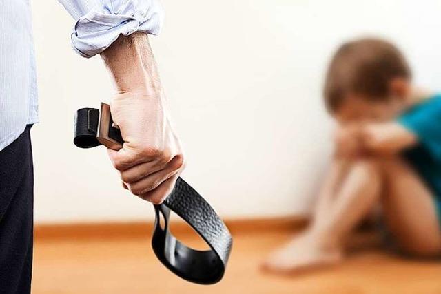 Wenn Kinder ausziehen und den Kontakt zu den Eltern abbrechen, leiden alle