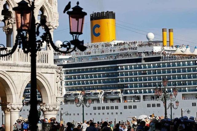 Venedig will Markusplatz besser schützen
