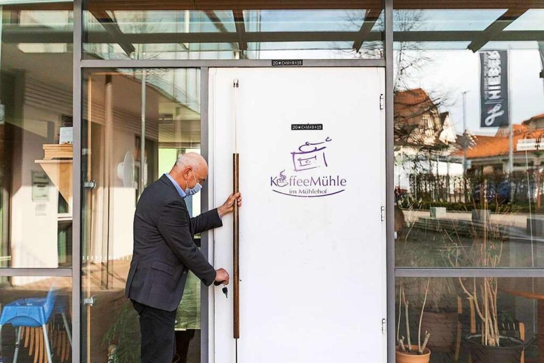 Wolfram Uhl, Geschäftsführer und Heiml...Mühle des Seniorenzentrum Mühlehof ab.  | Foto: Philipp von Ditfurth (dpa)