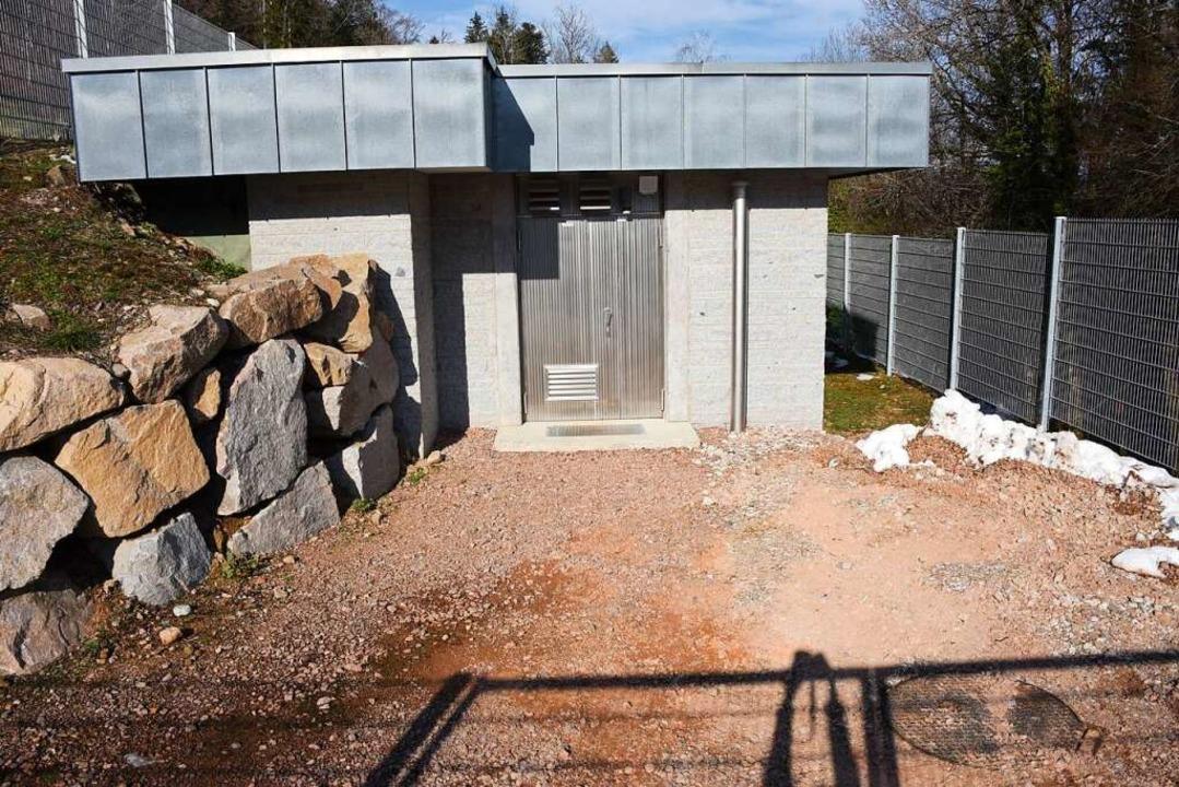 Der neugebaute Hochbehälter in Kirchha...en rund 9 Millionen Euro gekostet hat.  | Foto: Robert Bergmann