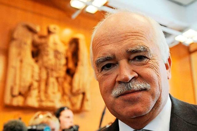 Peter Gauweiler soll für sein Wirken gegen den Euro bezahlt worden sein