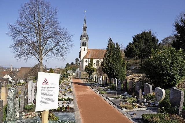 Neuer Weg zum Friedhof