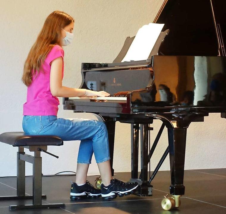 Die Musikschule erlebte keinen Einbruc...l, hier Klavierschülerin Selen Arslan.  | Foto: Roswitha Frey