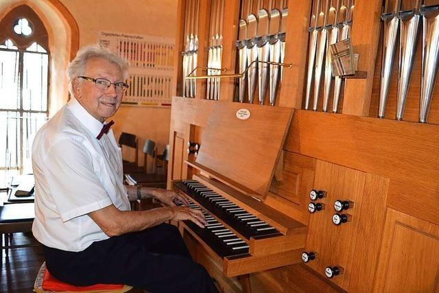 Siegfried Bürgelin sitzt in Kandern seit 70 Jahren an der Orgel