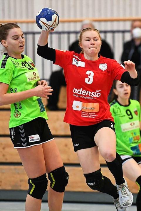 Hannah Person netzte über den linken Flügel zweimal für die Freiburgerinnen ein.  | Foto: Achim Keller