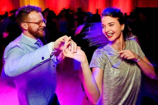 Tanzen Sie den Wellerman-Linedance und Discofox zu Hause!