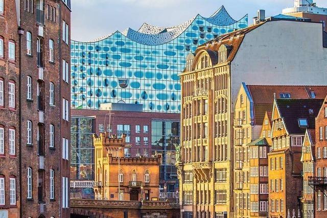 Werke von Bruckner und Mozart in der Elbphilharmonie in Hamburg