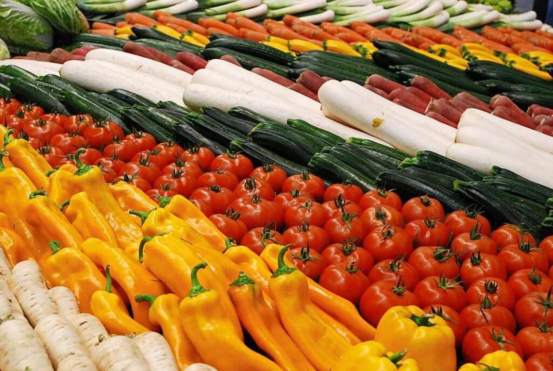 Fünfmal täglich Obst, Salat und Gemüse – das empfehlen Experten.     Foto: Angelika Schmidt
