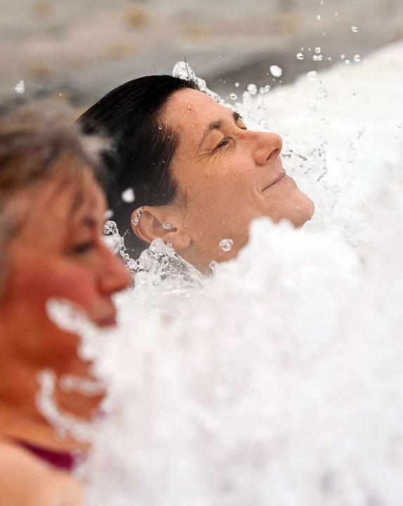 Geschafft! Nach so viel Sport und Bewe...g wie hier im Thermalbad doppelt gut.     Foto: Patrick Seeger