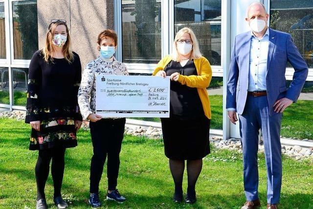 Waisenhausstiftung spendet 110 000 Euro für Engagement gegen Kinderarmut