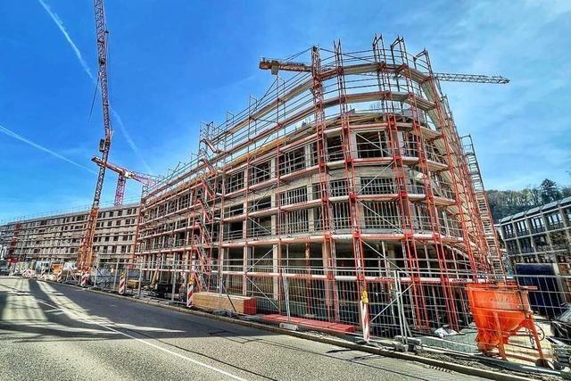 Lörracher Kreisräte beziehen Stellung zum teuren Neubau des Landratsamts