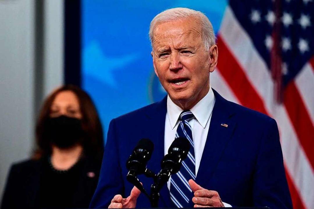 Biden verdoppelt sein Ursprungsziel.  | Foto: JIM WATSON (AFP)