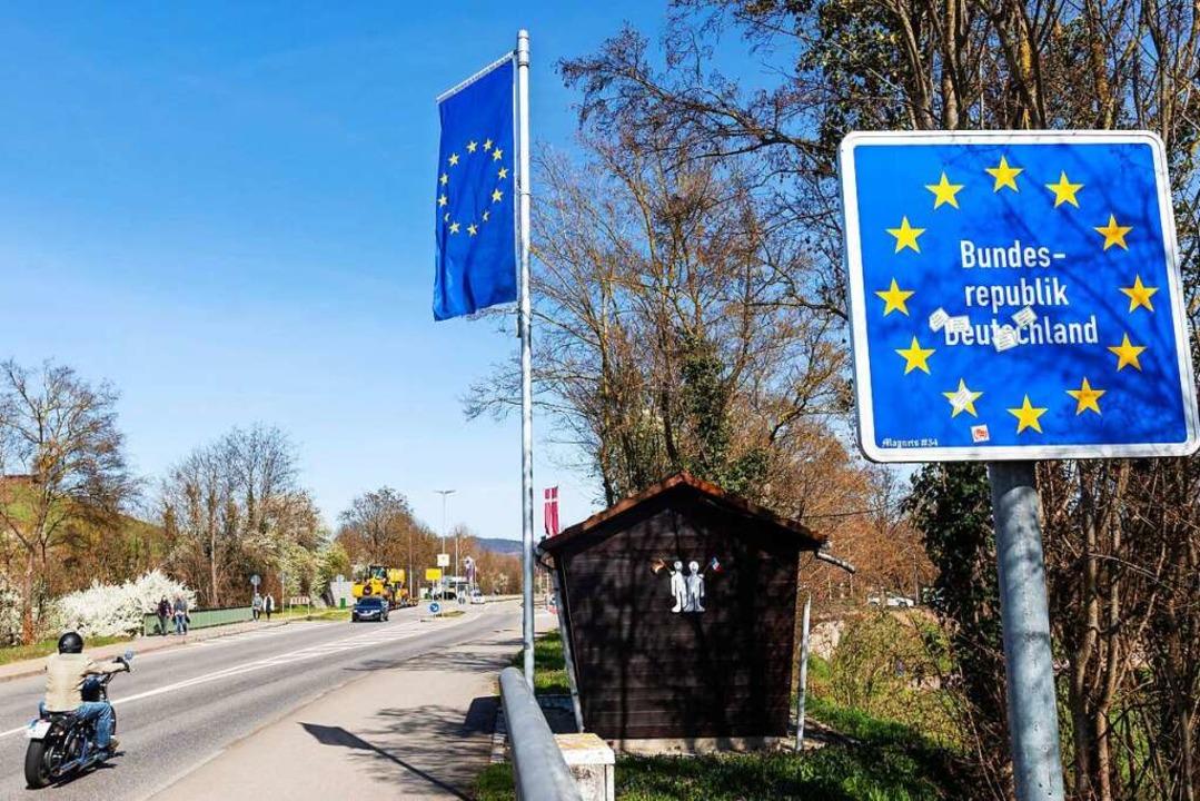 An der deutsch-französischen Grenze bei Breisach kommt es zu keinem Stau.    Foto: Philipp von Ditfurth (dpa)