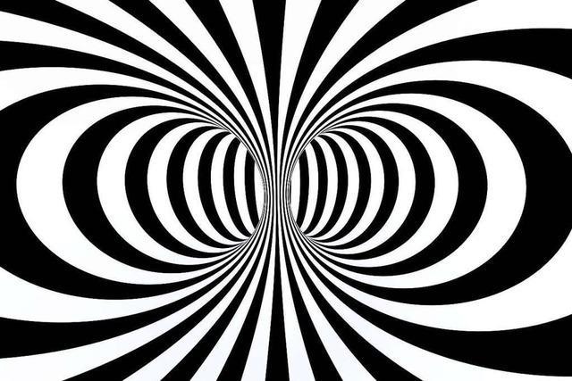 Kann Hypnose bei der Vernehmung von Zeugen helfen?