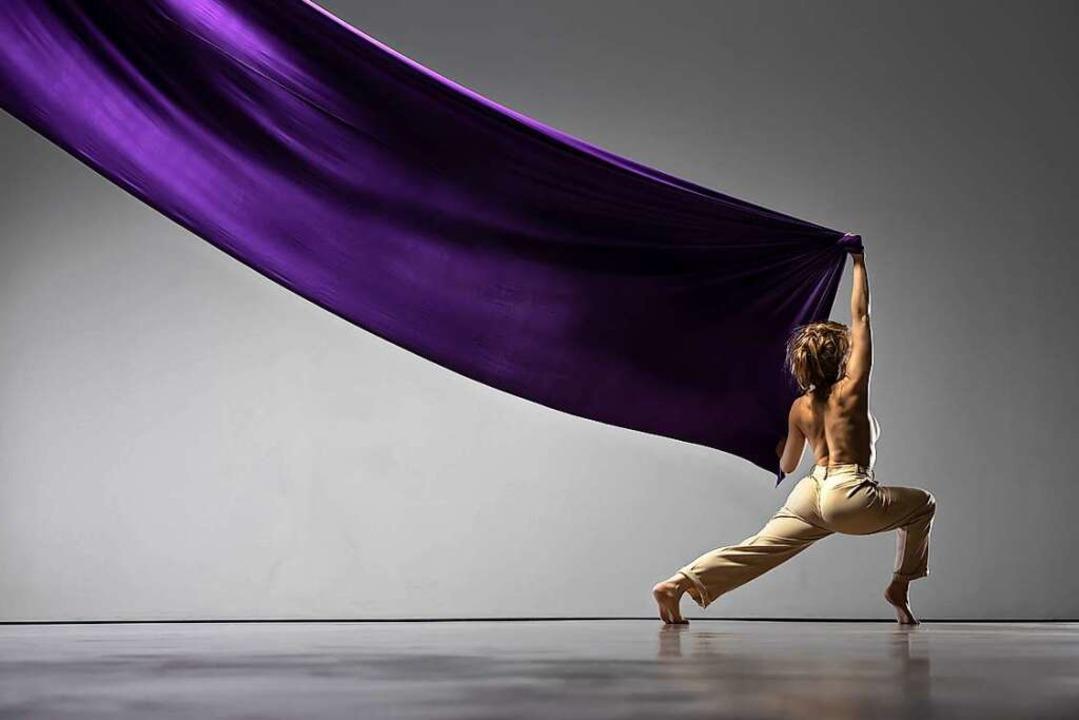 Am Freitag, 16. April gibt Choreografi... Einblicke in die Geschichte der Frau.  | Foto: Jurgen Gocke