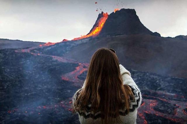 Fotos: Vulkanausbruch in Island zieht viele Schaulustige an