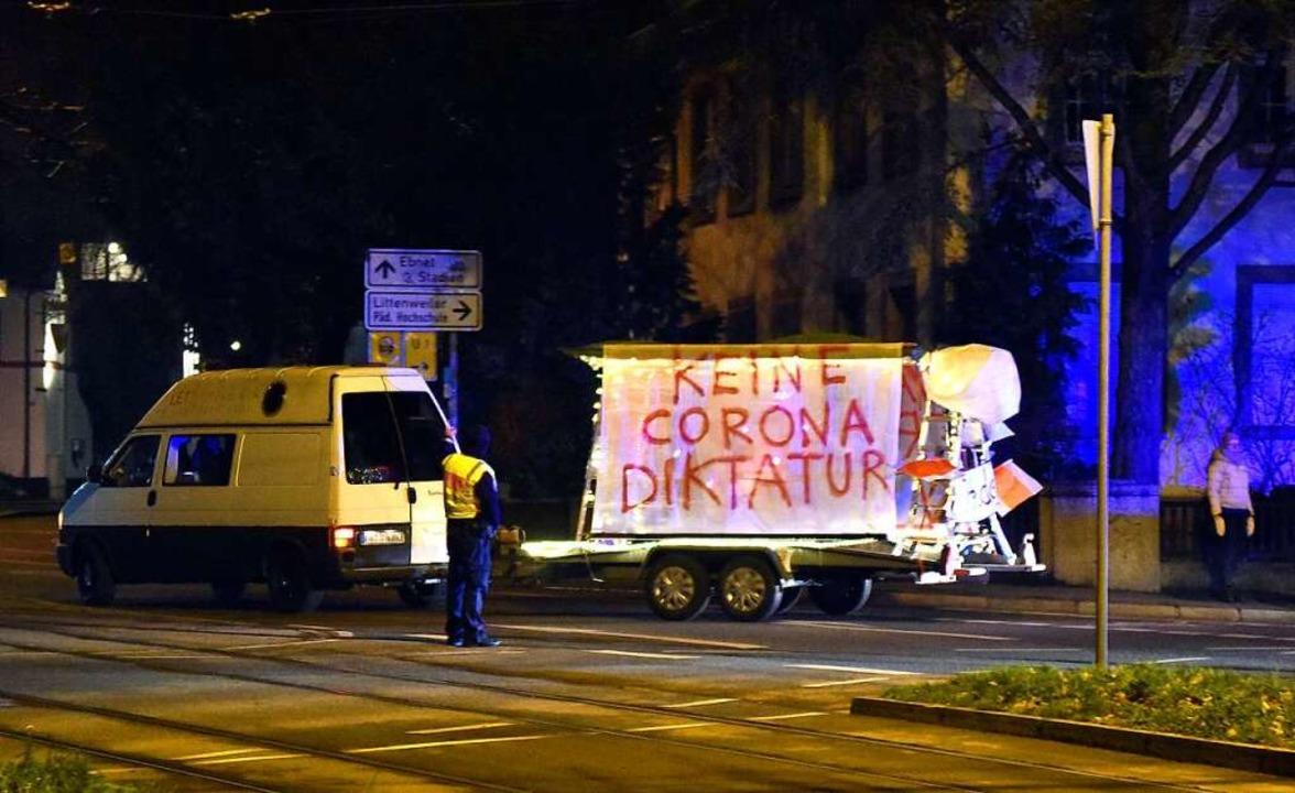 Schon seit einigen Wochen starten in F...ntliche Corona-Diktatur demonstrieren.  | Foto: Thomas Kunz