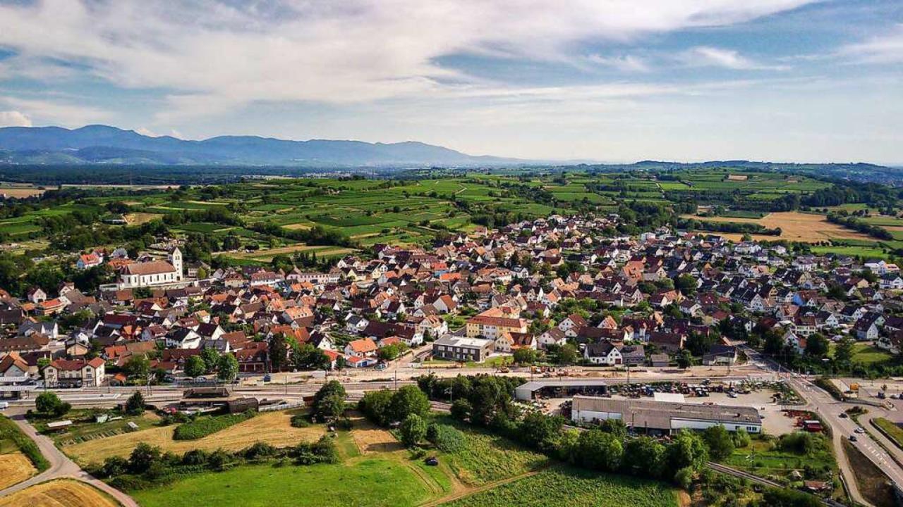 Luftbild von Gottenheim aus westlicher Richtung.  | Foto: Hubert Gemmert