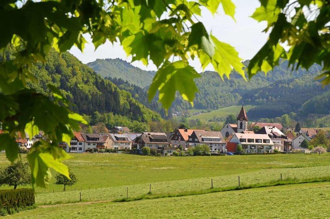 Eingebettet in die  wunderschöne Lands...die Gemeinde Buchenbach. Kathrin Blum.  | Foto: Kathrin Blum