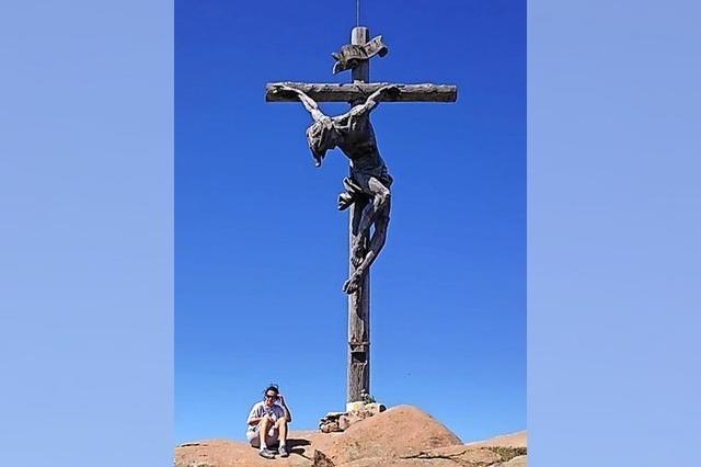Ein mächtiges Kreuz für den Lehenkopf