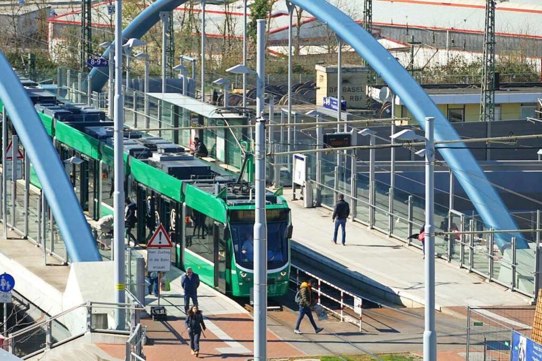 Kommt die Tram-Verlängerung, ist hier ab 2029 nicht mehr Endstation.    Foto: Victoria Langelott