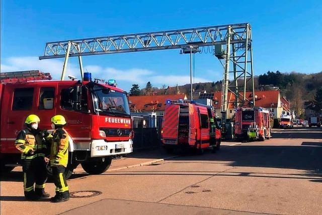 Vergessener Kochtopf auf heißer Herdplatte löst Feuerwehreinsatz aus