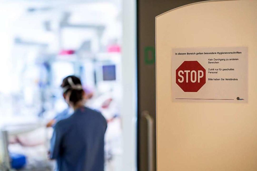 Die Intensivstation der Uniklinik ist bereits wieder stärker ausgelastet.  | Foto: Britt Schilling (Uniklinik Freiburg)