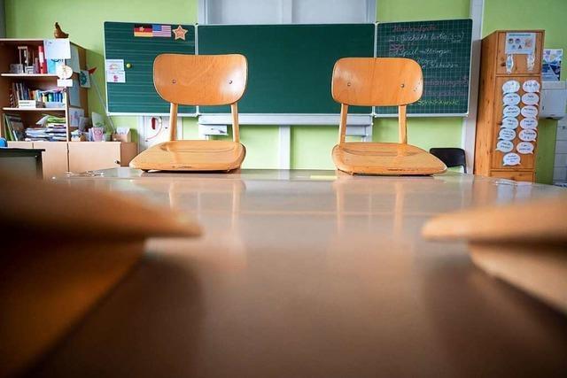 Baden-Württembergs Schulen starten nach Ostern mit Fernunterricht