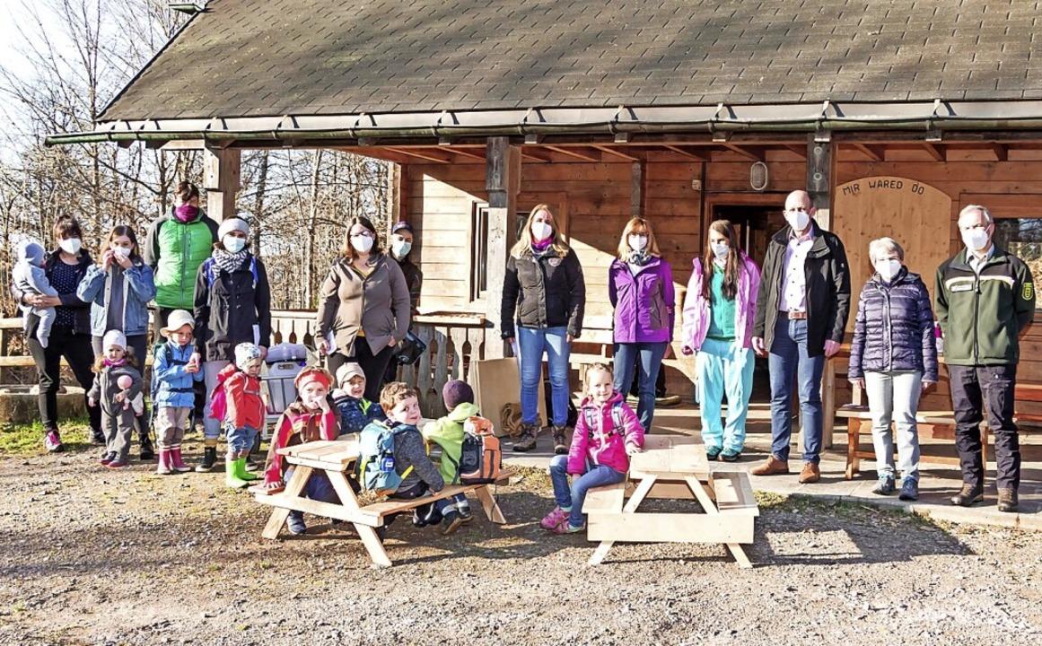 Der Waldkindergarten  hat an der Zeltp...Kaiser und Erzieherinnen und Familien.    Foto: Wilfried Dieckmann