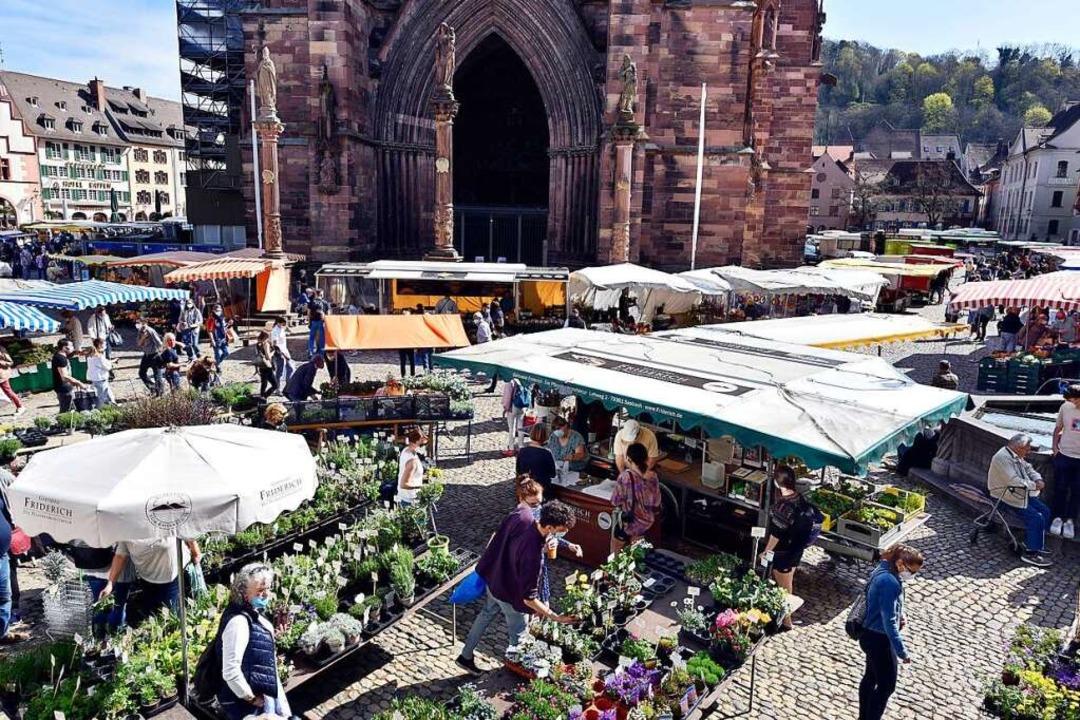 Der Münstermarkt ist eine der Attraktionen Freiburgs.  | Foto: Thomas Kunz