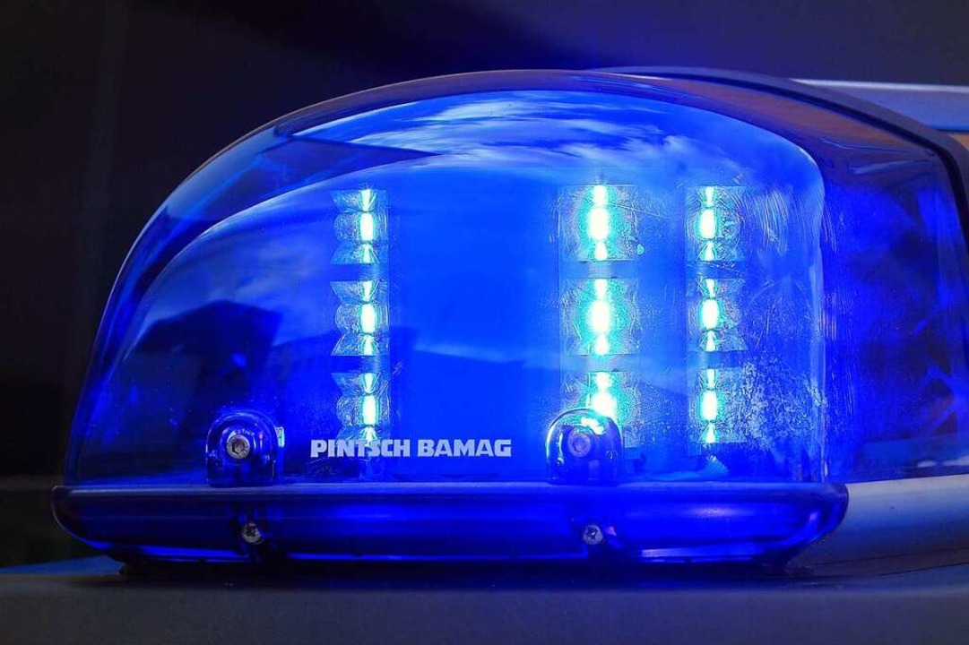 Zweimal 50 Euro hat ein Betrüger an zw...kstellen in Titisee-Neustadt erbeutet.  | Foto: Jens Wolf (dpa)