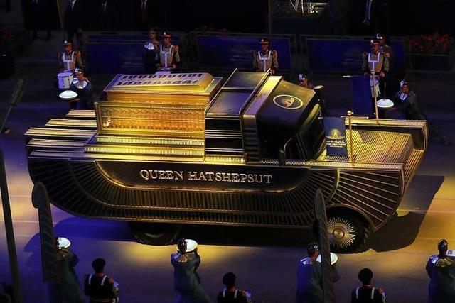 Ägypten transportiert 22 antike Pharao-Mumien durch Kairo