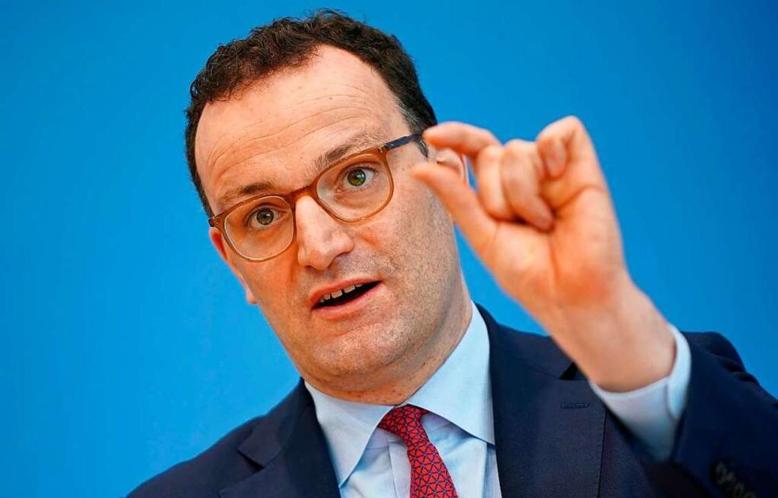 Bundesgesundheitsminister Jens Spahn bringt Freiheiten für Geimpfte ins Spiel.  | Foto: Michael Kappeler (dpa)