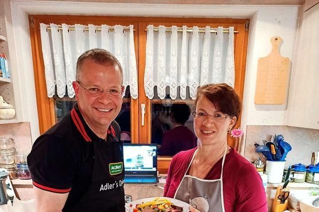 Über die Schulter geschaut beim Online-Kochkurs
