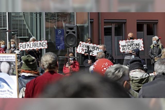Protest von Impfgegnern in Neuenburg