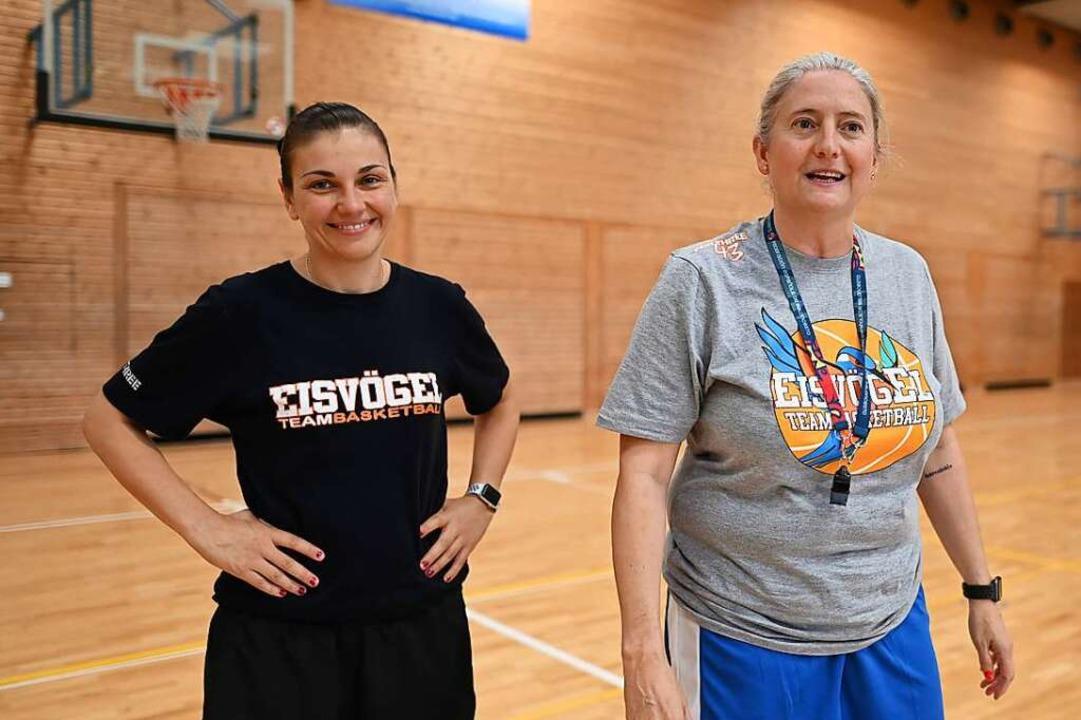 Co-Trainerin Hanna Ballhaus (links) und Cheftrainerin Isabel Fernandez    Foto: Patrick Seeger