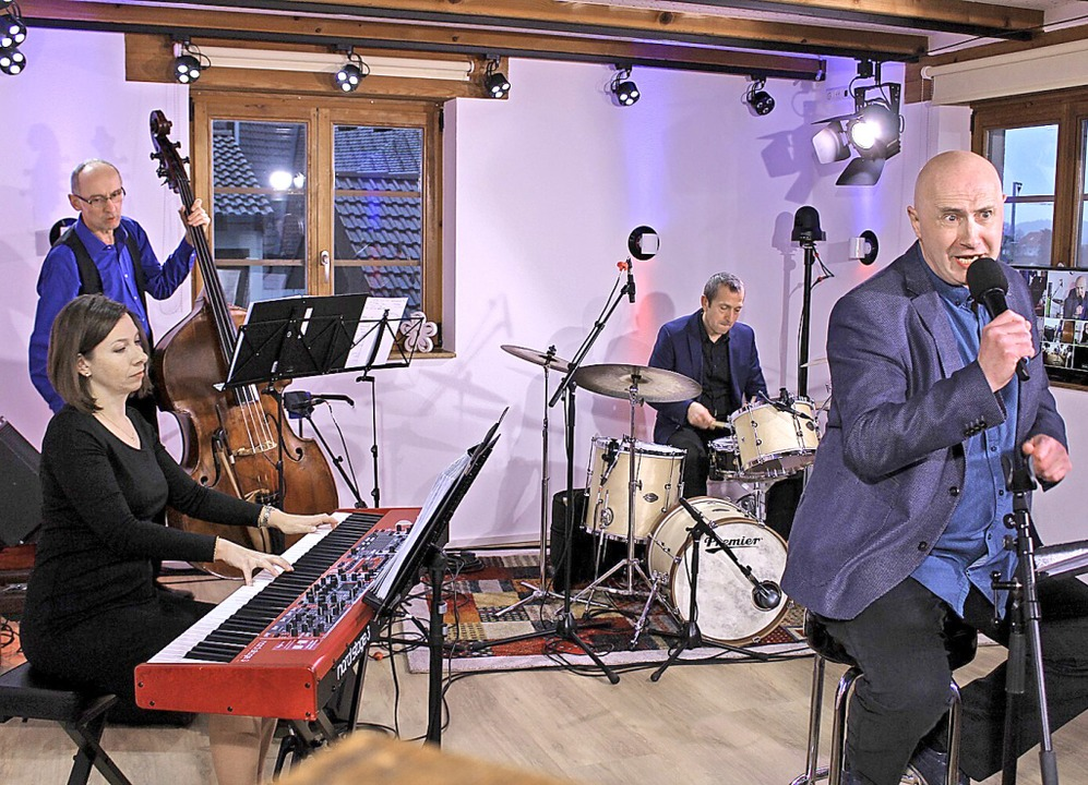 Die Gareth Reaks Combo beim Auftaktkonzert im Tonstudio.  | Foto: Erich Krieger