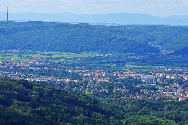 Auf dem Sunnenberg gibt's den ganz großen Dinkelbergblick
