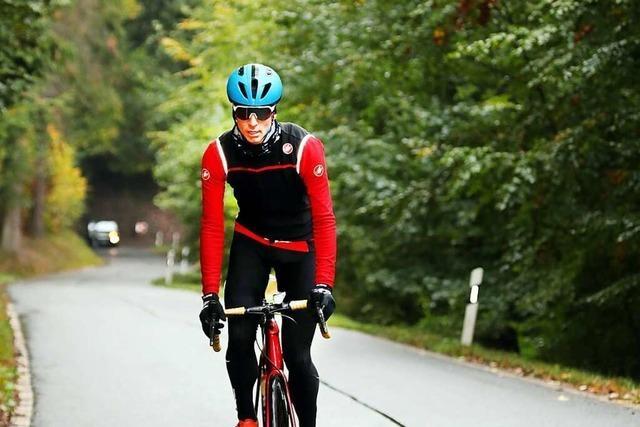 Hobby-Radsportler versucht Weltrekord am Kandel für den guten Zweck