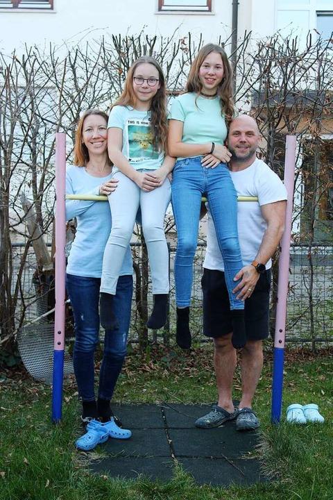 Rebekka (von links), Mira, Soraya und Stefan Schork  | Foto: Annika Sindlinger