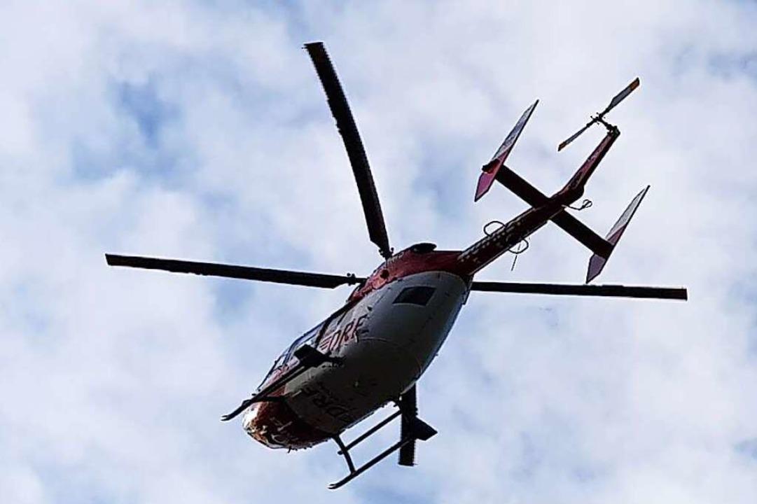 Ein schwerverletzter 16-Jähriger wurde...schrauber in ein Krankenhaus geflogen.  | Foto: Sebastian Wolfrum