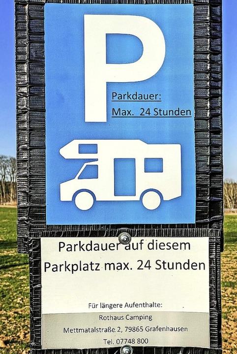 Die Parkplatznutzung  für Wohnmobile ist begrenzt auf 24 Stunden.  | Foto: Wilfried Dieckmann
