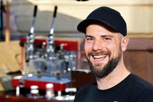 Lastenrad-Barista Jens Platen kennt die Kaffee-Vorlieben der Freiburger