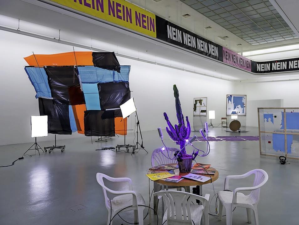 """""""Der næchste freie Mitarbeiter w... im Kunstverein Freiburg im April 2020    Foto: Marc Doradzillo"""
