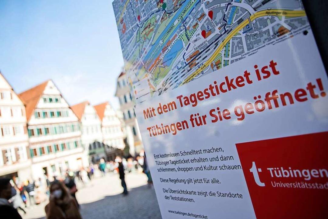 Das Tübinger Modell setzt auf die Ausg... für die Innenstadt nach Schnelltests.  | Foto: Tom Weller (dpa)