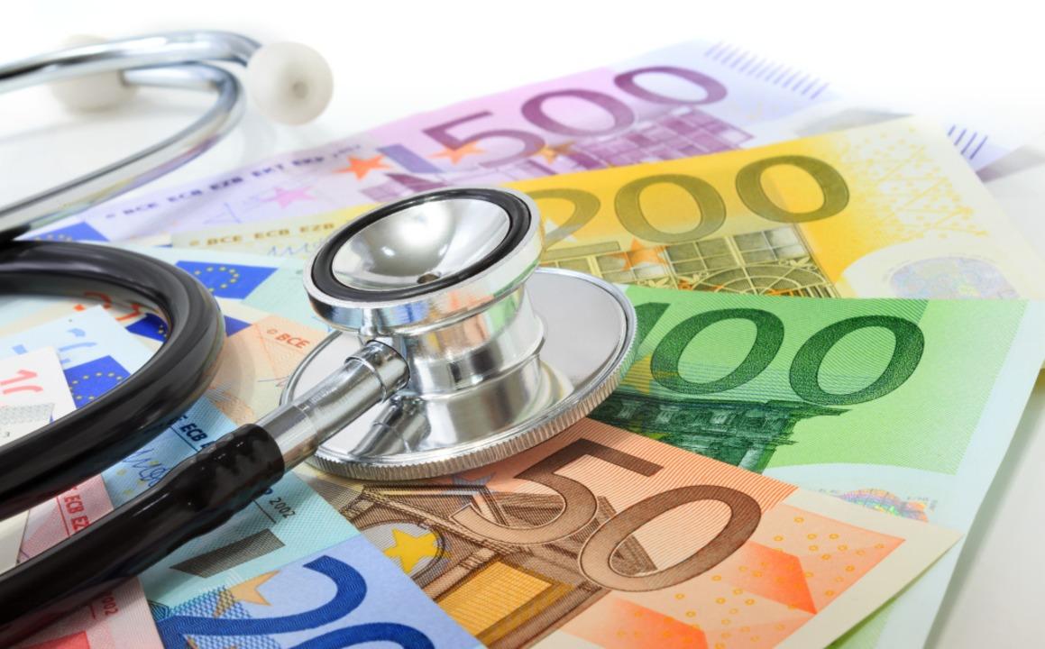 Die Frage, wie die Pflege langfristig bezahlt werden soll, ist  ungeklärt.    Foto: Romolo Tavani (stock.adobe.com)