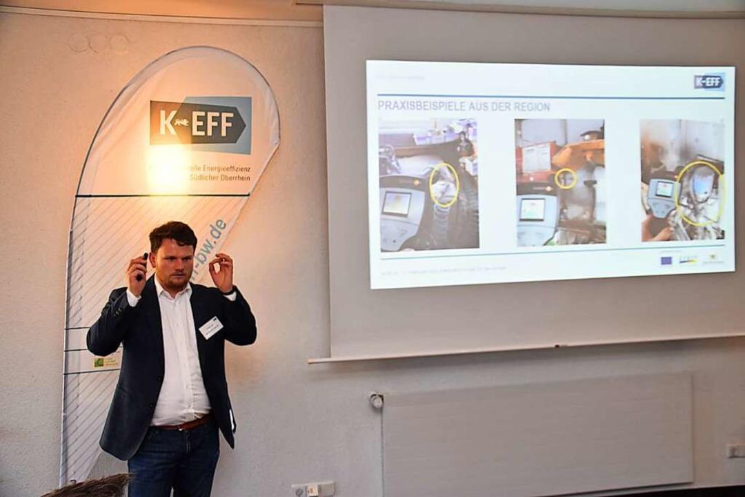 Philipp Engel stellte die Arbeit der K...mmendingen im Einsatz für Unternehmen.  | Foto: Thomas Rhenisch